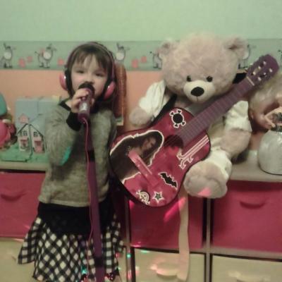 Lilou et son guitariste Jean Marcel